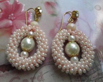 Creamy white beaded earrings – dangle seed bead crochet earrings – crochet seed bead earrings with white pearl