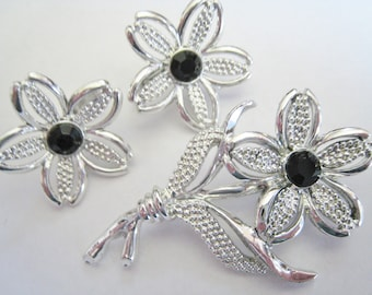 Sarah Coventry Silver Tone Pin Set w/ Black Accents