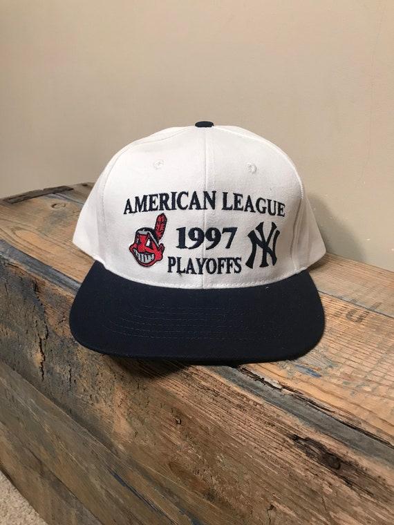 325b77fcaa12e 1997 Vintage Cleveland Indians snapback hat    World Series