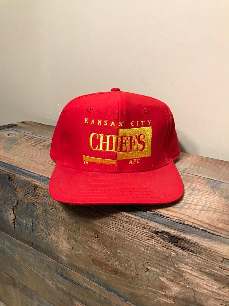 c6733d8205c Vintage Kansas City chiefs embroidered hat    Vintage chiefs