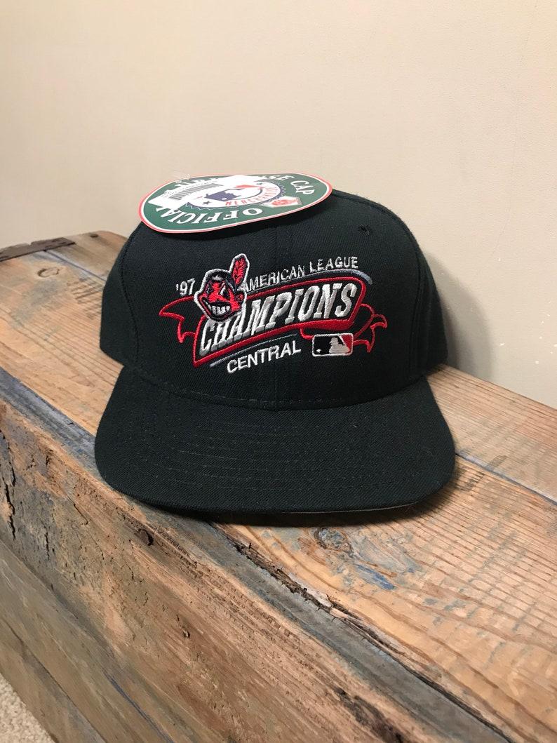 2687856d8ee Vintage 1997 Cleveland Indians snapback hat    World series