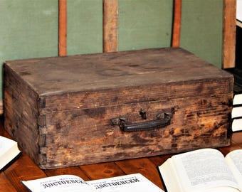 Antique Suitcase - Wooden Suitcase - 1800s Primitive Suitcase - Old Suitcase - Antique Luggage - Vintage Luggage - Vintage Suitcase