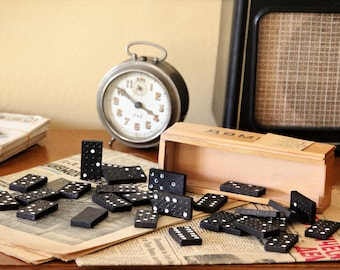 Vintage Black Dominoes - Domino Game with 28 Pieces - Family Game - Vintage Game - Board Game - Domino Set - Wooden Dominoes - Family Gift
