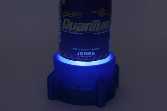 Mini Kühlschrank Nuka Cola : Nuka cola quantum lampenfuß mit label etsy
