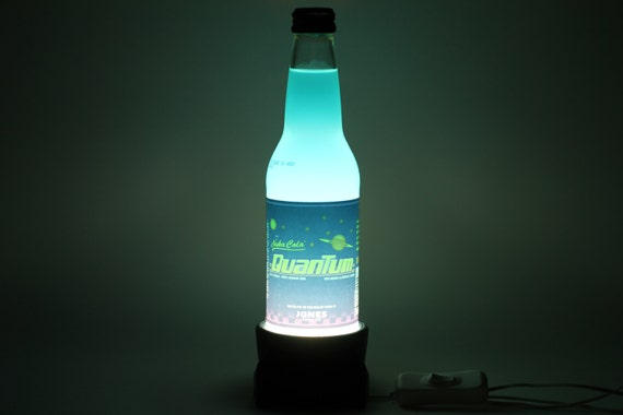 Mini Kühlschrank Nuka Cola : Nuka cola quantum stecker im lampenfuß etsy