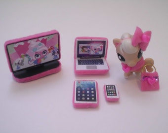 Littlest Pet Shop LPS Clothes Accesories Electronics Pink *Pet Not Included
