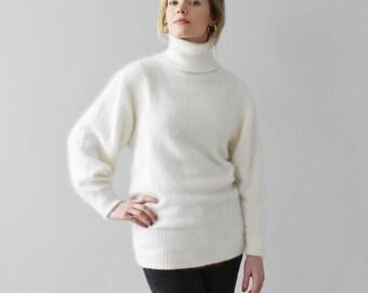 vintage white angora turtleneck sweater   S d9670f9b8