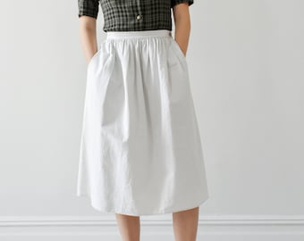 f8186021a0 vintage bone white cotton skirt / pleated midi skirt with pockets / S - M