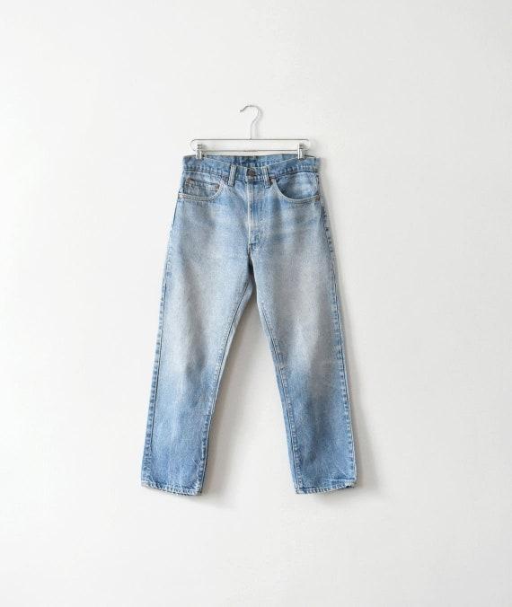 vintage Levis 505 high waisted jeans, size L