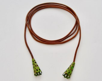 Mahogany Leather Choke with Green accents