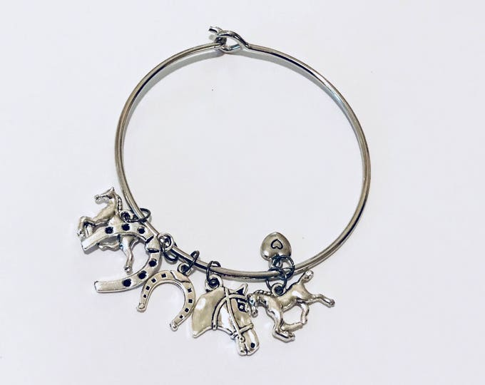 Horse Lovers Charm Bracelet, Equestrian Charm Bracelet, Gifts for her, Silver horse pendant charm bracelets