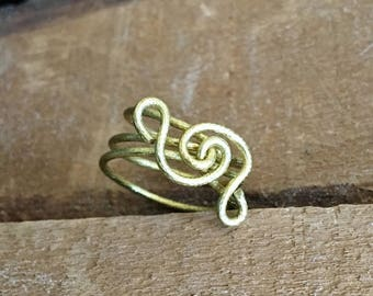Golden wire ring