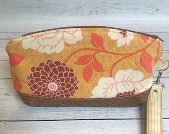 Floral Zipper Clutch, Makeup case, Wristlet, Cellphone Wallet, Small clutch, Handbag Accessory, Gifts for her, Handmade Case, Gifts