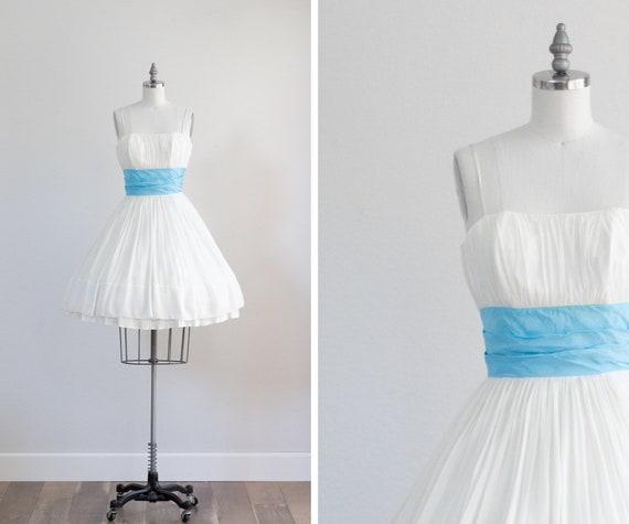 50s Party Dress . White Cupcake Dress . Full Skirt