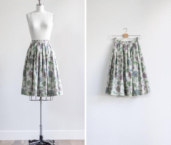 50s Skirt . Full Skirt . Vintage Skirt . Floral Pl