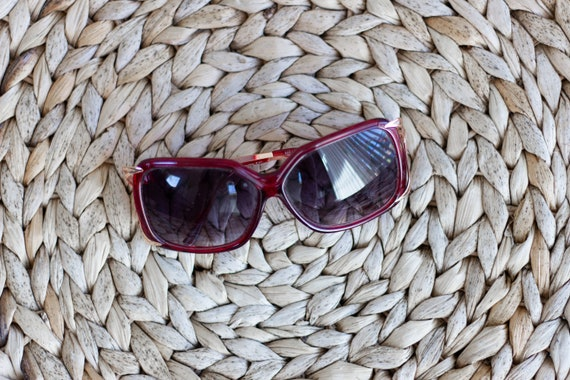 1970s Oversized Sunglasses . Red and Gold Sunglas… - image 4