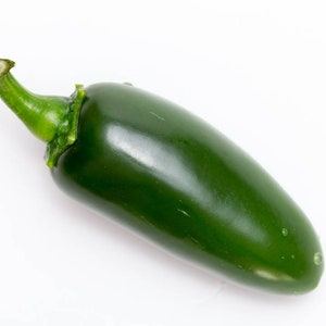 Serrano Pepper Seeds     bin75