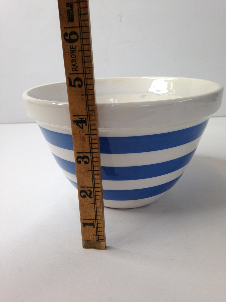 Vintage T G Green Style  Staffordshire Blue Mixing  Pudding  In Good Condition Nice Bright Striped Pattern