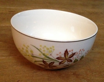 Vintage 1950's Yellow Floral Pattern Johnson Bros Sugar Bowl in Good Condition