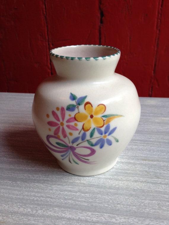 Poole Vintage poterie Vase Design Floral traditionnel. Très bon état.