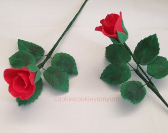 1 edible 3d ROSE BUD with LEAVES spray beauty & beast cake decorations wedding topper decoration anniversary birthday engagement valentine