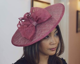 6170b27723f53 All Dunn Up bespoke fascinators hats and bags by AllDunnUp