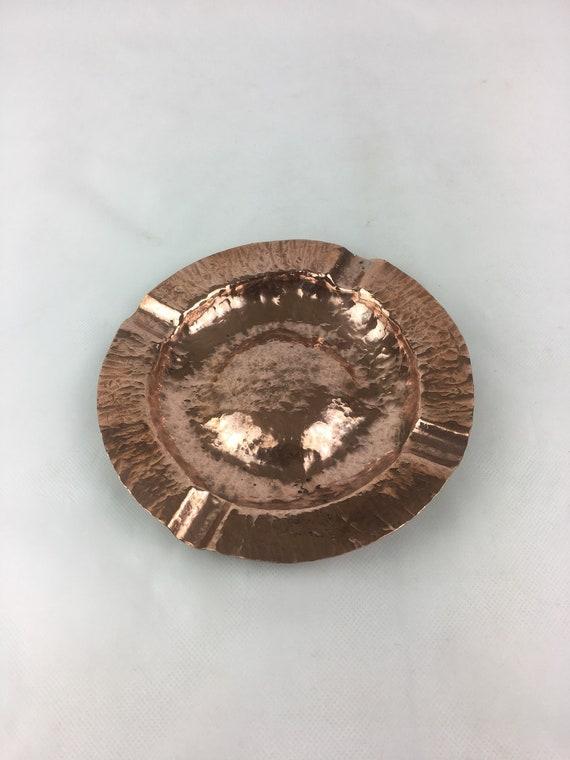 Beautifully hammered Copper ashtray Collectible ashtray Mid Century Ashtray Tobacciana Art and Collectibles Collectibles Ashtrays
