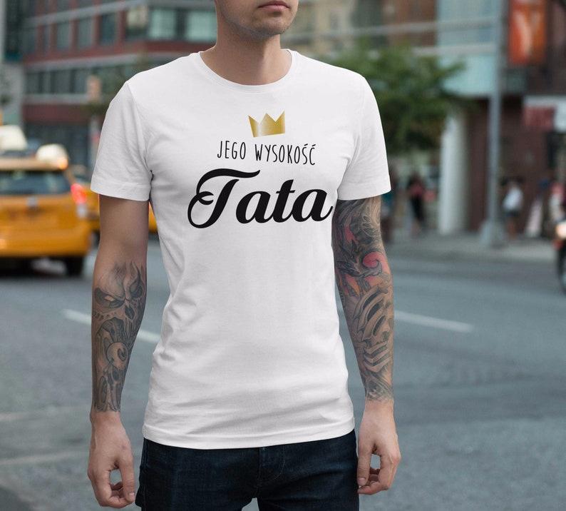 a57648299 Wysokość Tata Męska koszulka z nadrukiem dla taty dzień   Etsy