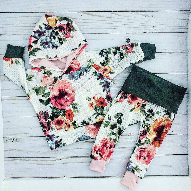 64e8b1f67 Ready to ship, boho floral baby girl outfit, cute baby girl clothes,  handmade baby girl clothes, coming home outfit, baby shower gift