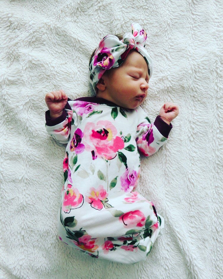 Baby girl outfit / newborn girl outfit / floral onesie / baby | Etsy