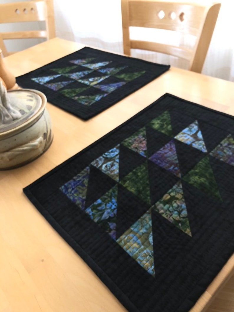 dining room placemats modern design placemats housewarming gift Canadian handmade gift idea batik placemats Quilted Placemats