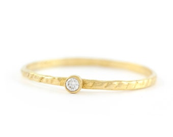 Small Diamond Ring, Dainty Gold Ring, 14K Solid Gold Ring, Solitaire Ring, Tiny Diamond Ring, Dainty Engagement Ring, Girlfriend Ring, 0255