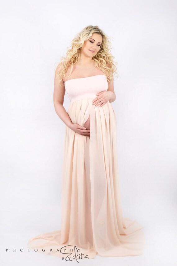 f9ac0d34c33 Maternity Dress SIMPLICITY   Maternity Gown   Maternity Photo