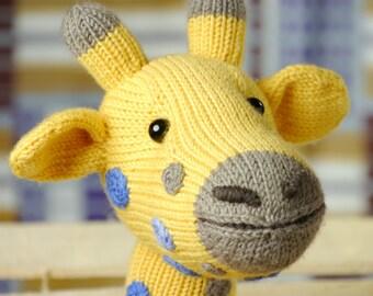 AMANI THE GIRAFFE knitting pattern