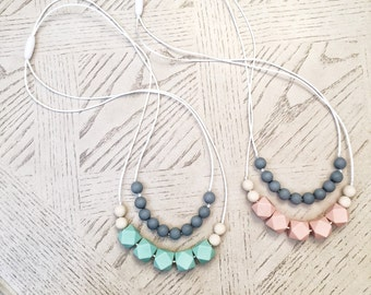 Layered Silicone Beads Teething Necklace / Nursing Necklace Toy Jewelry for Mom and Baby Shower Gift