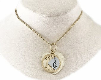 Gorgeous Gold Chain Necklace with Lifestyle Pendant and Heart Charm