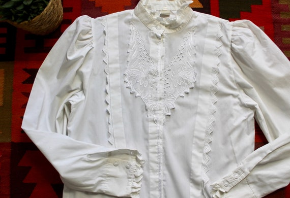 White Victoriana Style Dirndle Lace Blouse
