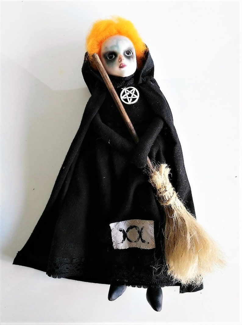 Sabbath-witch-shadow box-art box-art doll-curiosities-witchcraft-brooms-pentacle-decoration-macabre-pagan