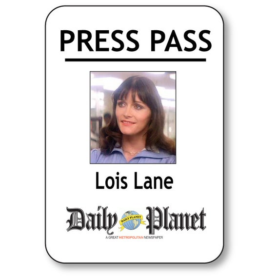Lois Lane Superman Daily Planet Press Pass Magnetic Fastener Name Badge Halloween Costume Prop