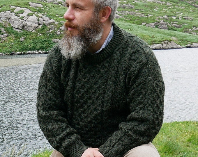 Traditional Aran Sweater - 100% pure new wool - dark green - chunky&heavy - MADE IN IRELAND - ready for shipping