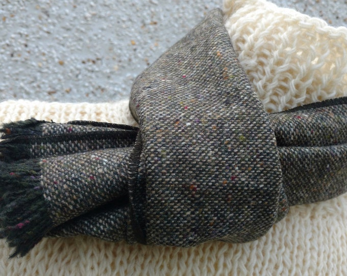 Irish Donegal  tweed scarf - 100% pure new wool - speckled brown - with fleck - neckcloth - neckerchief - HANDMADE IN IRELAND