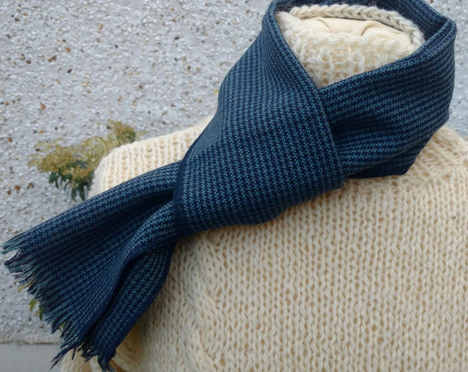 Irish tweed wool scarf-FREE WORLDWIDE SHIPPING -100% wool - blue & navy houndstootch check  - ready for shipping -unisex-Handmade in Ireland