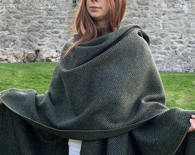 Irish Donegal Tweed Wool Ruana, Wrap, Cape, Cloak, Arisaid - Speckled Forest Green Herringbone - Unisex - Heavy Tweed - HANDMADE IN IRELAND