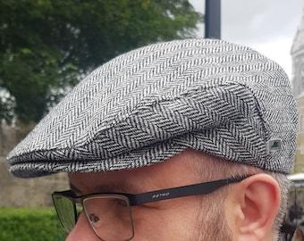 Traditional Irish tweed flat cap - Paddy cap - newsboy cap - black&white herringbone - 100% wool - padded - HANDMADE IN IRELAND