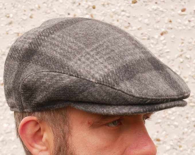 Traditional Irish tweed flat cap - grey/charcoal tartan/plaid check - 100% wool - padded - HANDMADE IN IRELAND