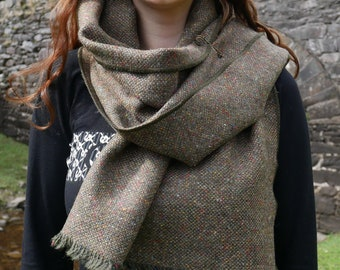 Irish tweed wool shawl, oversized scarf, stole - speckled/melange green/brown - heavy tweed - 100% wool - hand fringed - HANDMADE IN IRELAND