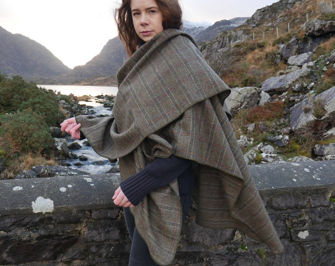 Irish tweed wool ruana, wrap, cape, coat, arisaid - brown/green  Irish tartan/ plaid check - 100% wool - HANDMADE IN IRELAND