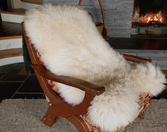 Natural white sheepskin rug - 100% natural - really soft & thick - free WORLDWIDE shipping from IRELAND