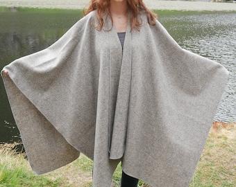 Irish tweed wool ruana,wrap, arisaid - 100% wool - UNDYED tweed - grey/beige(please read listing description ) - HANDMADE In IRELAND