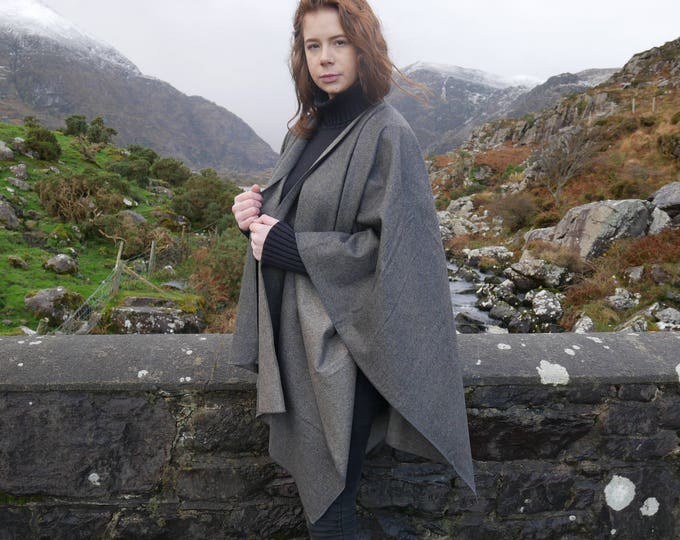Irish tweed ruana,wrap, coat, arisaid - dark grey - 100% wool - ready for shipping - HANDMADE IN IRELAND